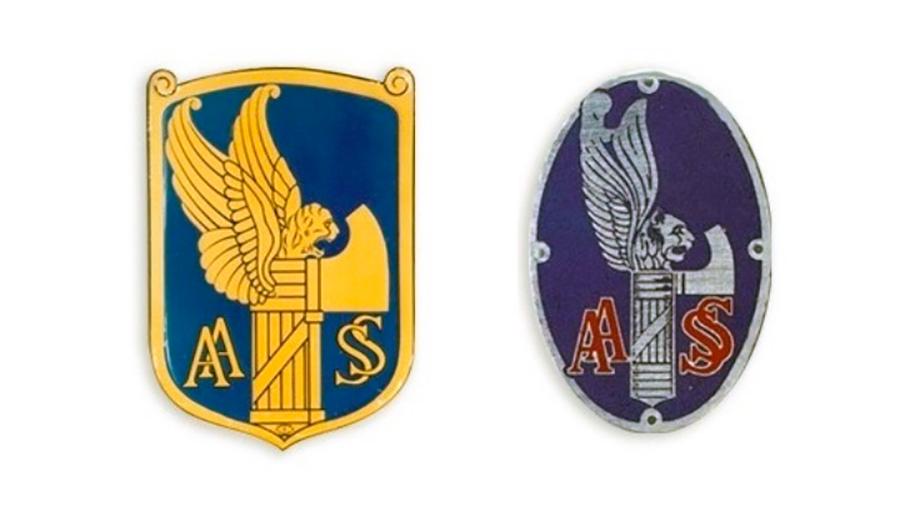 Il logo della AASS e la placca del berretto dei cantonieri nel 1928