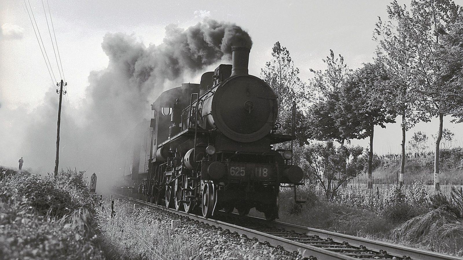 Locomotiva a vapore del gruppo 625 (fonte: Ferrovie dello Stato Italiane)