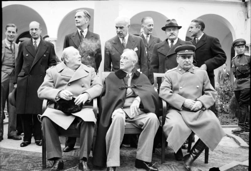 I protagonisti della conferenza di Jalta: Roosevelt, Churcill e Stalin