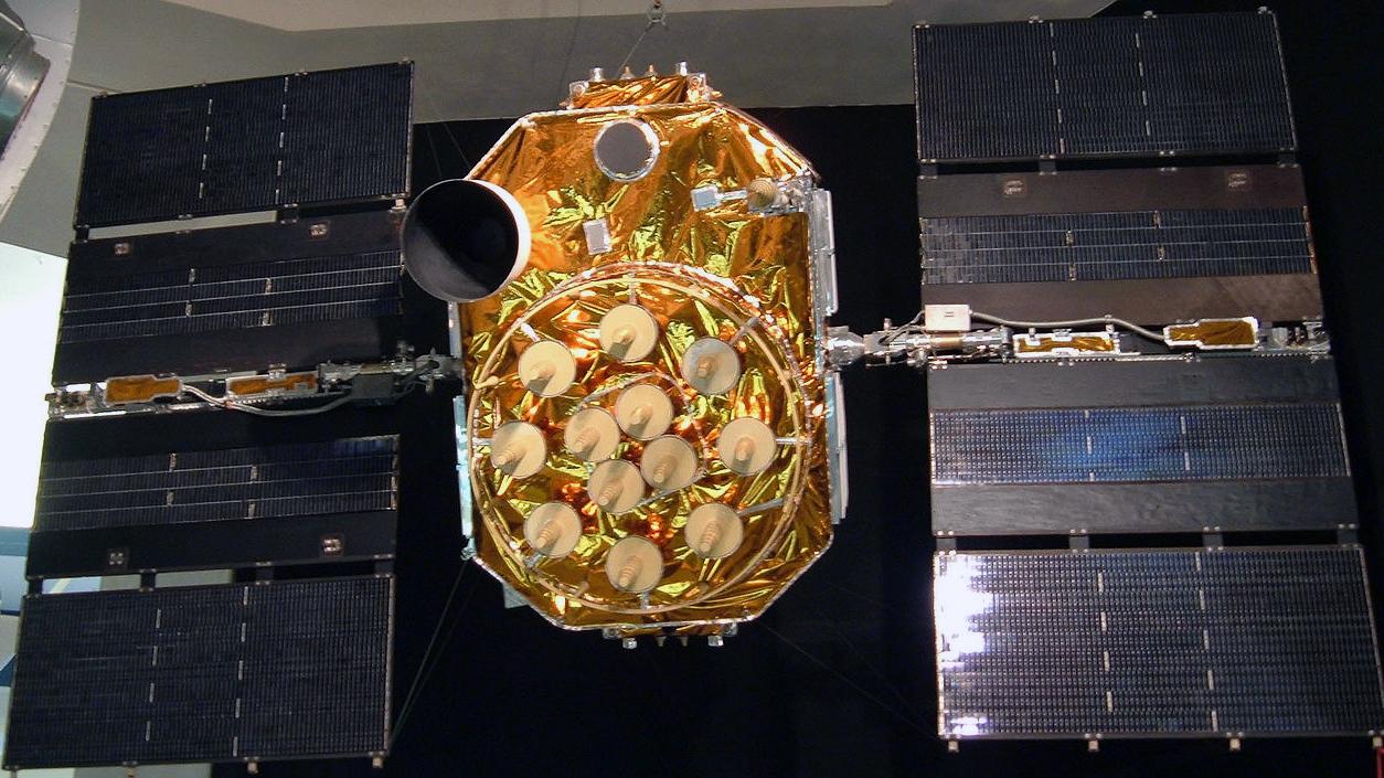 Un satellite GPS non lanciato esposto a Museo dello spazio di San Diego