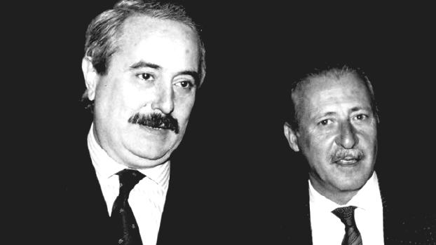Giovanni Falcone e Paolo Borsellino, i due magistrati vittime della mafia nel 1992 (fonte: Ansa, La strada racconta, 2018)