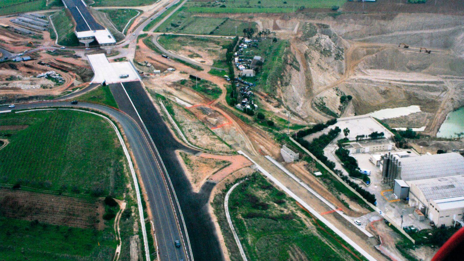 SS125, località Giannì (CA). Veduta aerea dell'area d'intervento (Anas, L'archeologia si fa strada. Scavi, scoperte e tesori lungo le vie d'Italia, 2017)