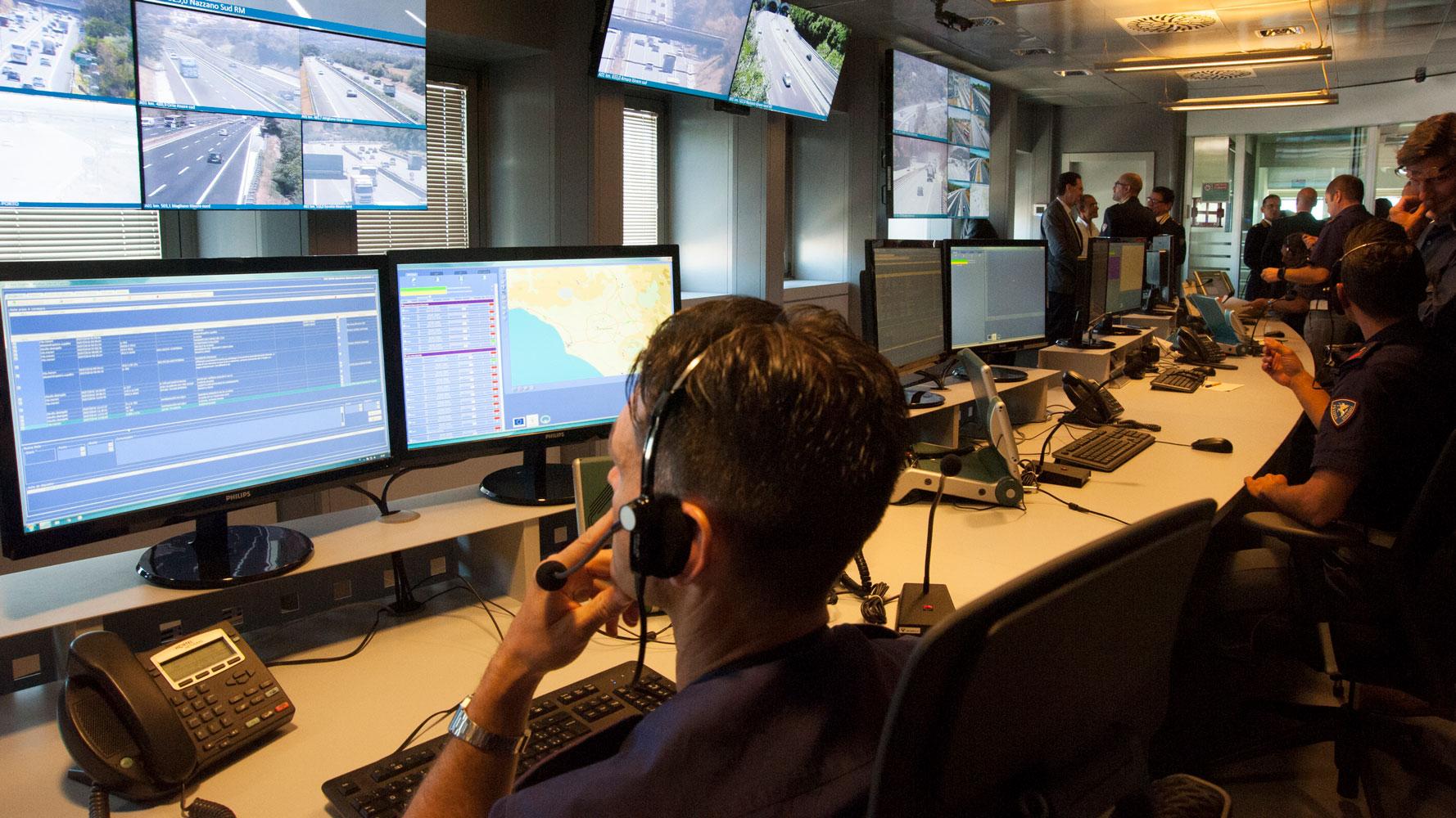 Sala operativa della Polizia stradale