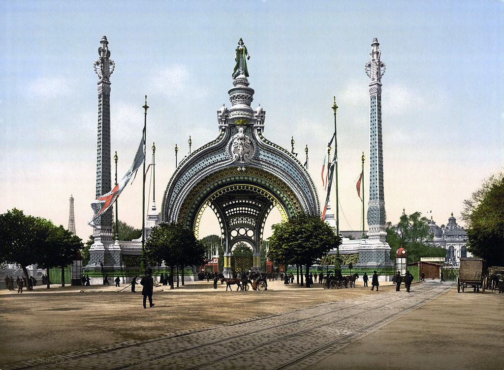 Ingresso dell'Esposizione universale di Parigi, 1900 (fonte: Archivio leStrade - Casa Editrice La Fiaccola)