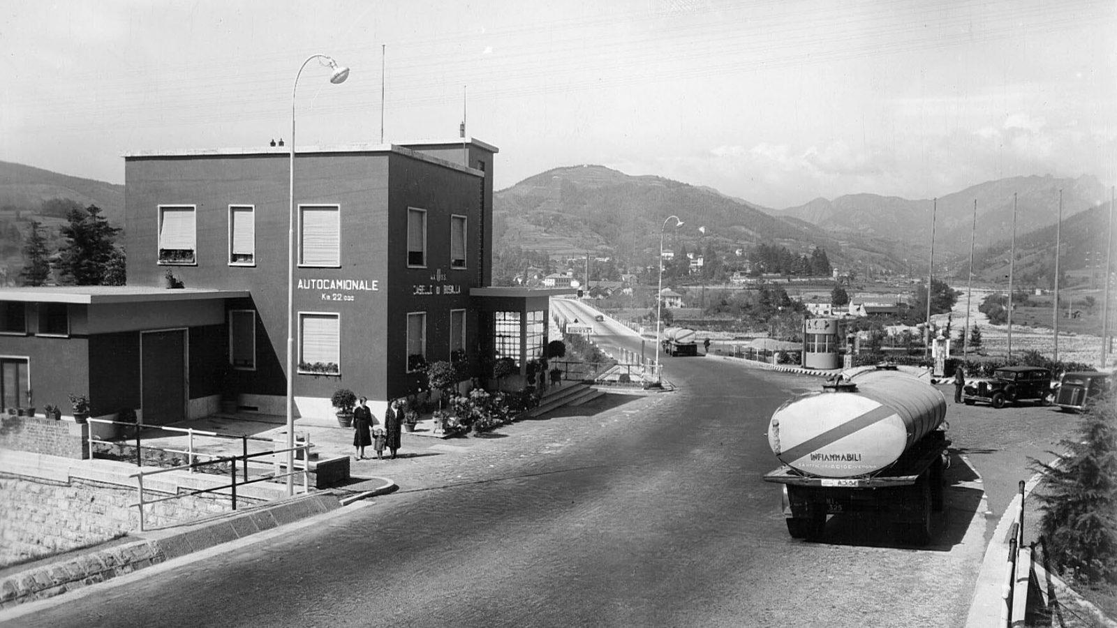 Autocamionale Genova-Serravalle, Casello di Busalla (Archivio storico Anas)