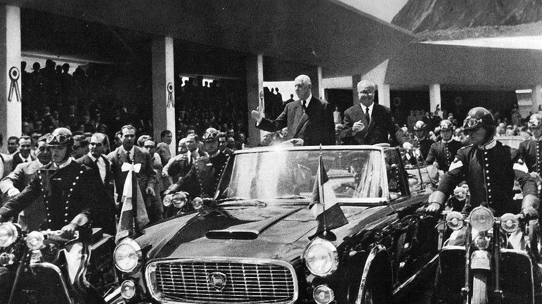 Il presidente della Repubblica Italiana Giuseppe Saragat e il presidente della Repubblica Francese Charles De Gaulle all'inaugurazione del Traforo del Monte Bianco (16 luglio 1965)