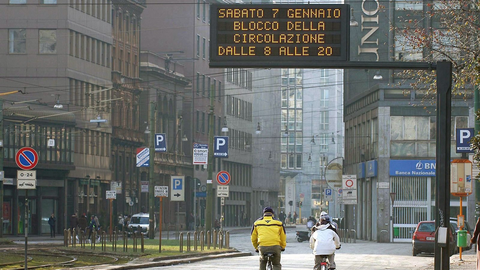 Blocco della circolazione a causa dell'inquinamento (fonte: Imagoeconomica)