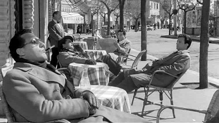 Una scena del film I Vitelloni diretto da Federico Fellini (1953)