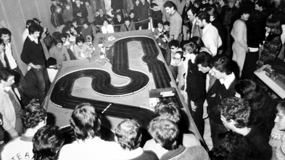 Piste elettriche: il quarto Campionato Italiano di slot cars disputato nel 1978 a Genova (fonte: autosprintslotclubgenova.org)