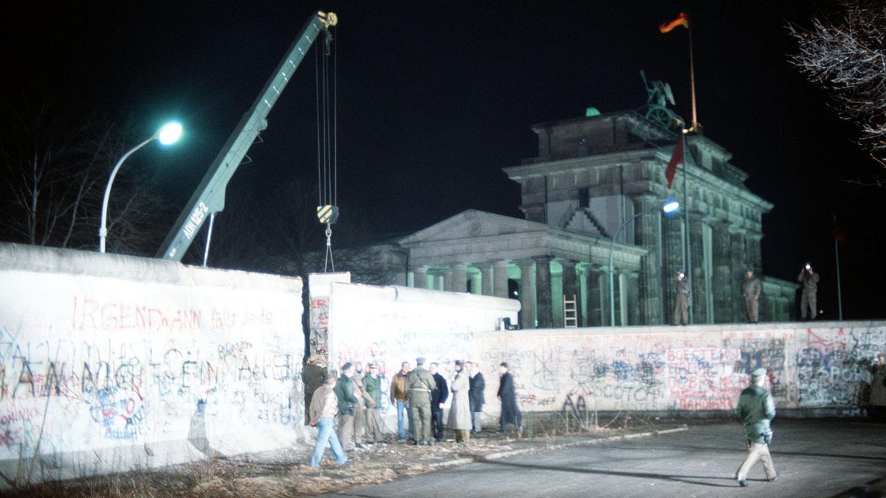09/11/1989, la caduta del Muro di Berlino (Euronews)