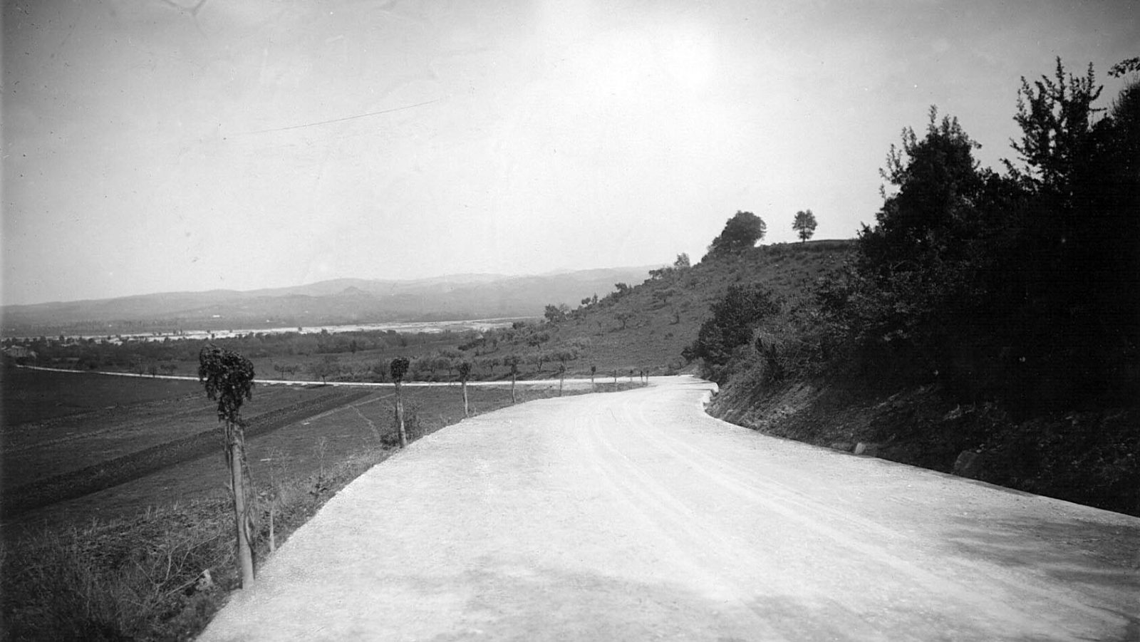 Calabria, tratto stradale in provincia di Cosenza, bivio per Montalto Uffugo (Archivio storico Anas)