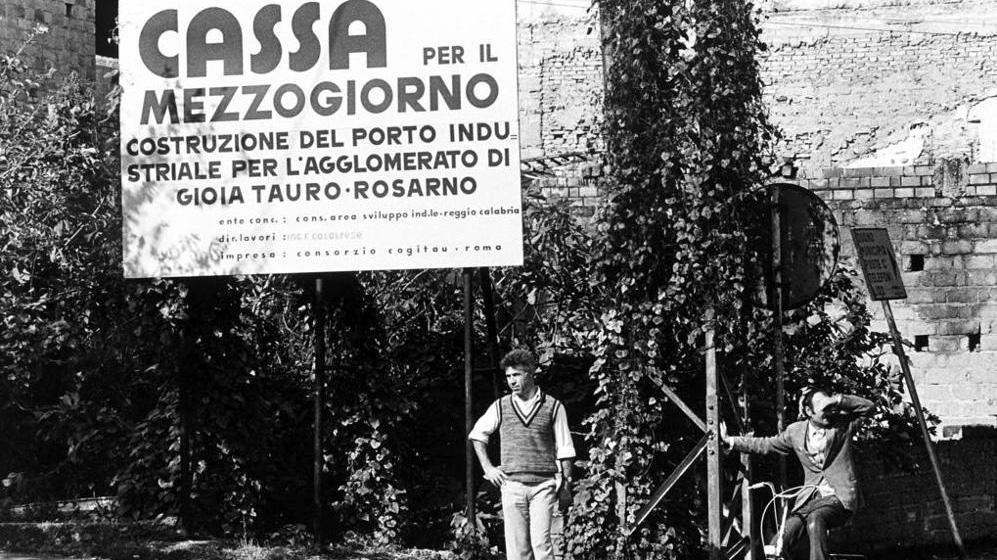 Un cantiere della Cassa per il Mezzogiorno (fonte: lastampa.it)