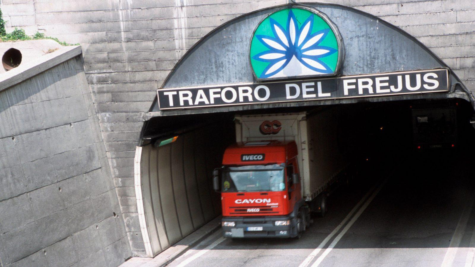 Traforo del Frejus, inaugurato nel 1980 (fonte: Imagoeconomica)