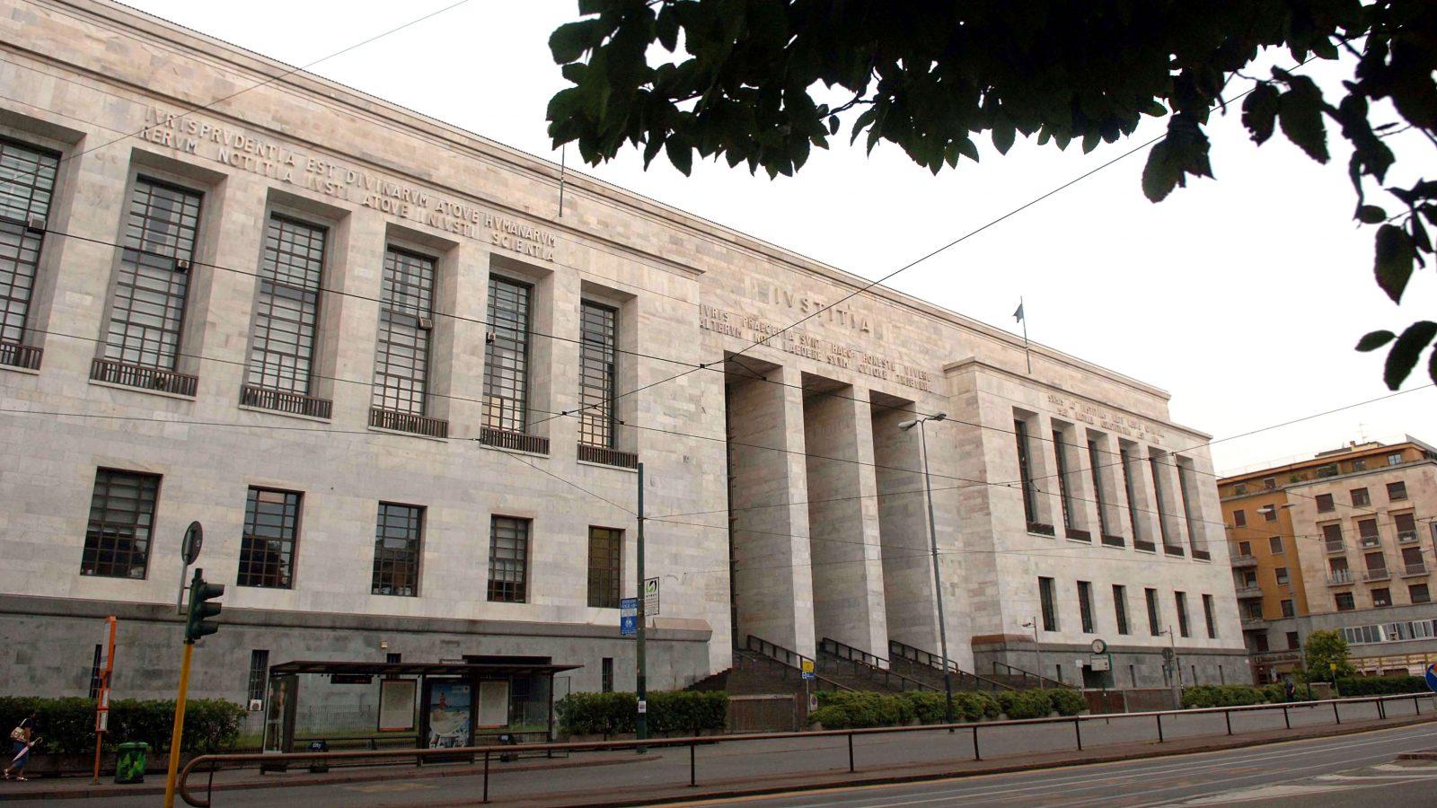 Il Palazzo di Giustizia di Milano (fonte: Imagoeconomica)
