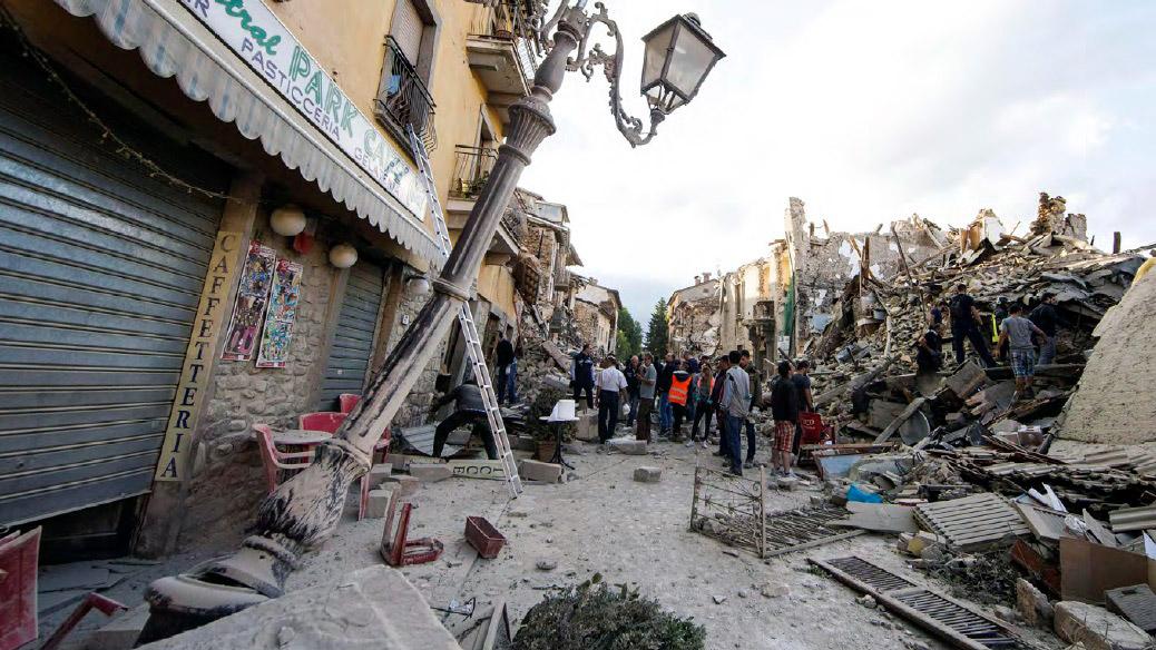 Dal 24 agosto 2016 al 18 gennaio 2017 uno sciame sismico colpisce tragicamente i territori di Lazio, Umbria, Marche e Abruzzo (fonte Ansa, La strada racconta, 2018)