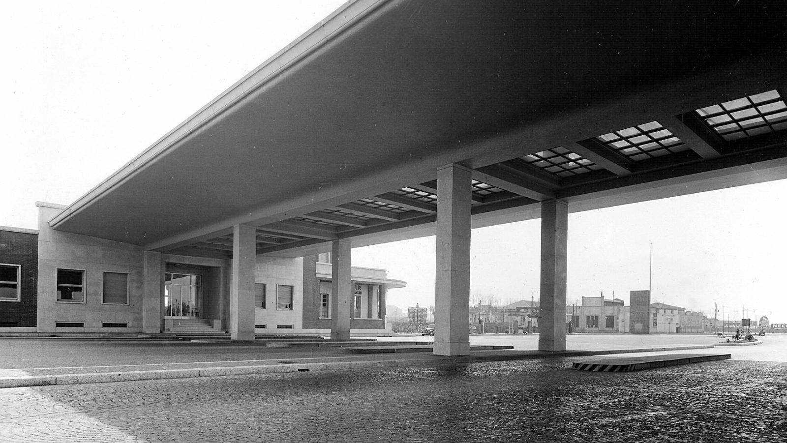 Autostrada Milano-Laghi, stazione di Milano (Archivio storico Anas)