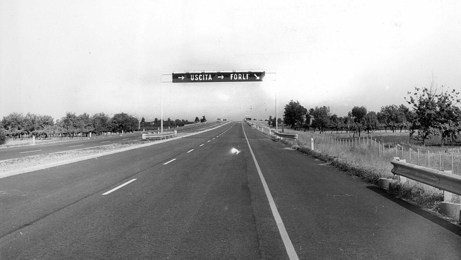 Emilia Romagna, autostrada A14 Bologna-Canosa, uscita di Forlì (Archivio storico Anas)