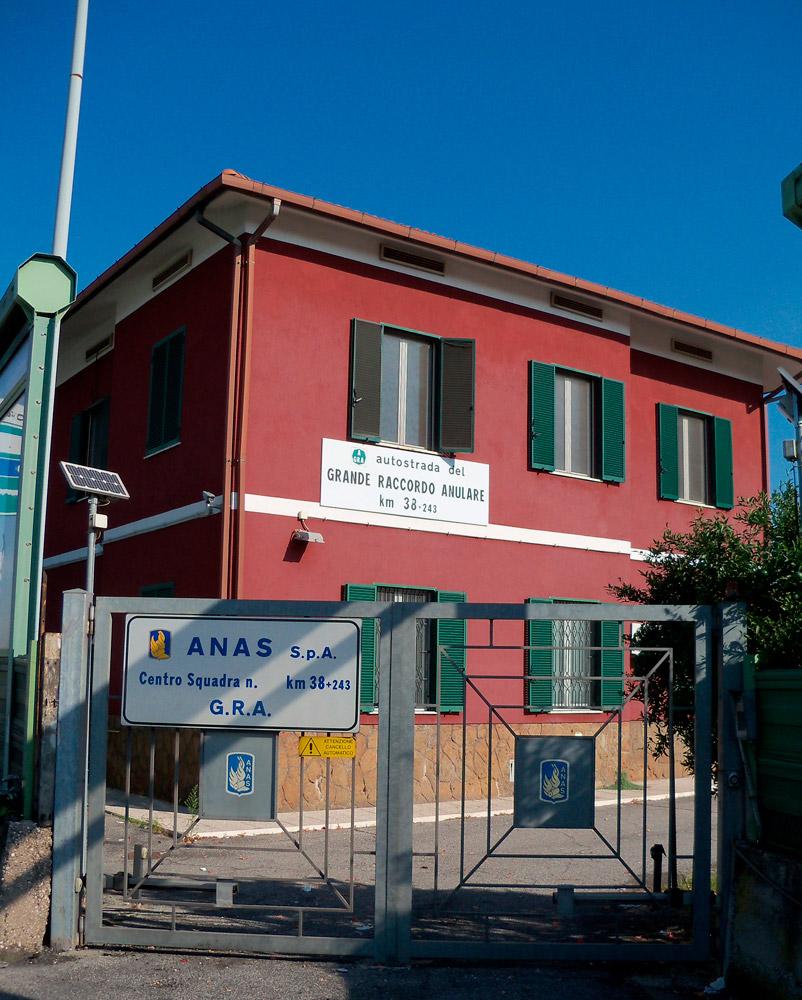 Centro squadra Anas sul Grande Raccordo Anulare di Roma (Archivio storico Anas, 2015)