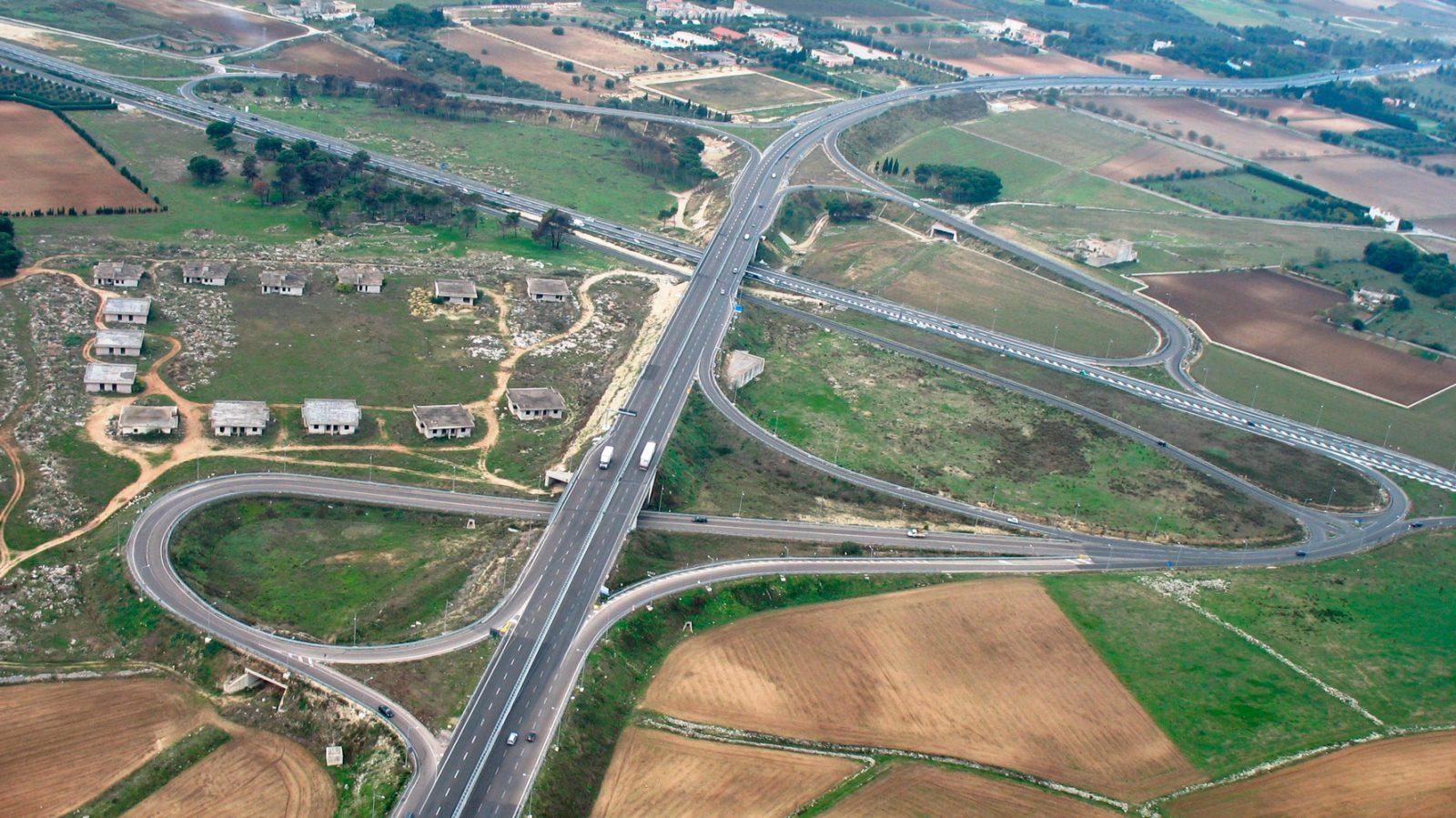 Veduta aerea della Tangenziale Ovest di Lecce