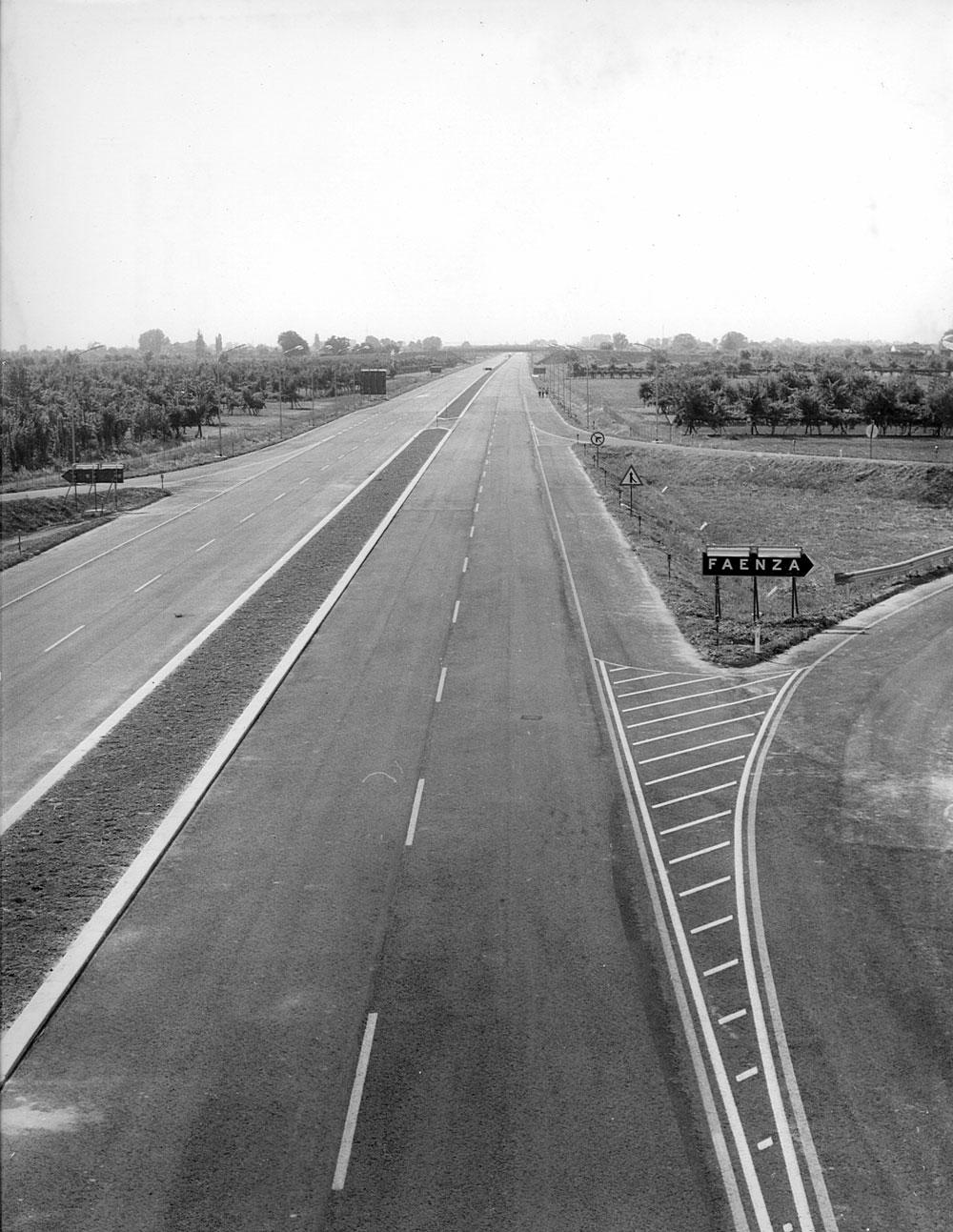 Emilia Romagna, autostrada A14 Bologna-Canosa, uscita di Faenza  (Archivio storico Anas)