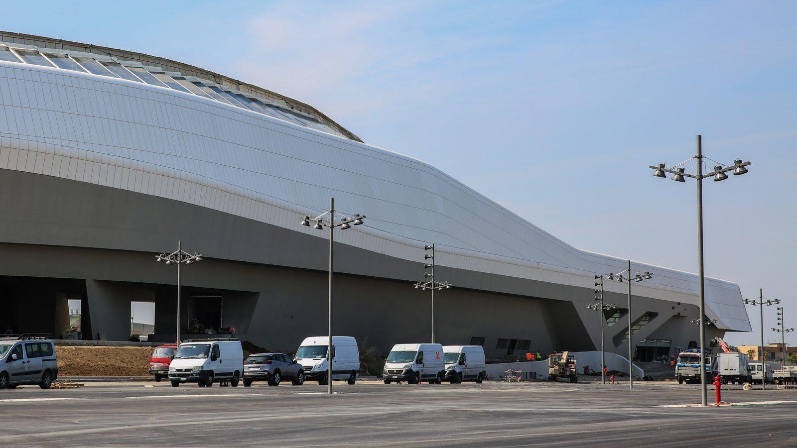La stazione di Afragola, Napoli, progettata da Zaha Hadid (fonte: Ferrovie dello Stato Italiane)