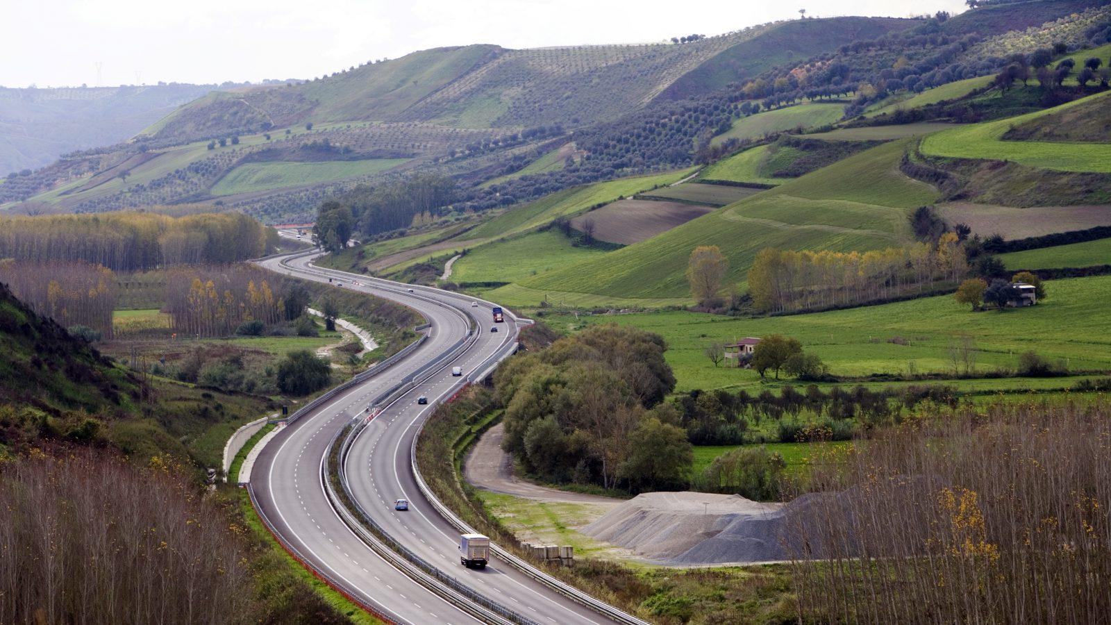 Autostrada del Mediterraneo, tratto Gioia Tauro – Scilla (Archivio storico Anas)