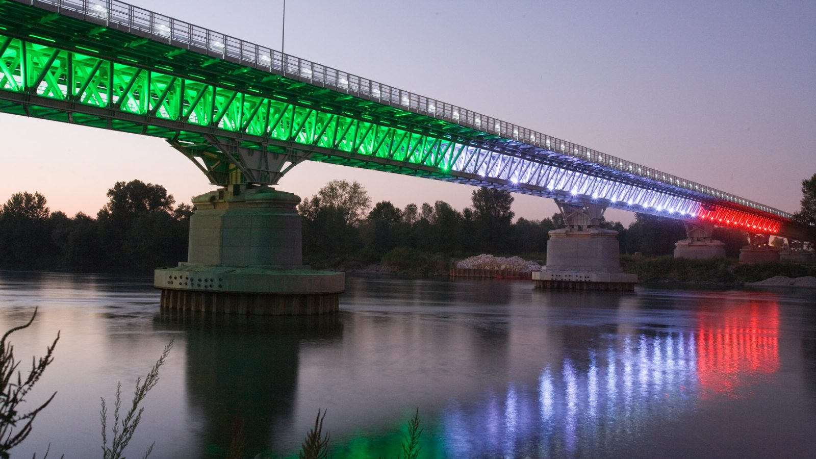 Strada statale 9 Via Emilia, Ponte sul fiume Po - 150° anniversario dell'Unità d'Italia (2011, Archivio storico Anas)